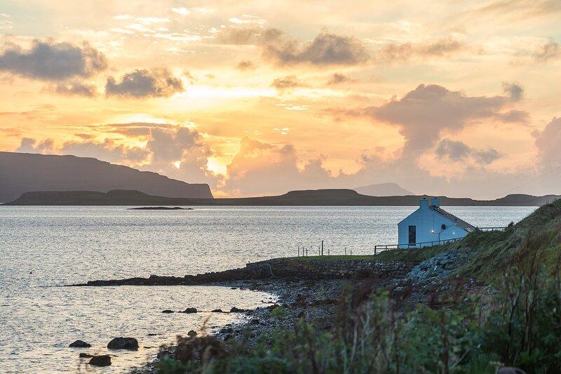 Lochbay Boathouse, location de vacances à Stein