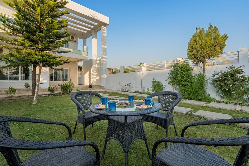 Vista Divine by Vista Rooms, vacation rental in Rishikesh