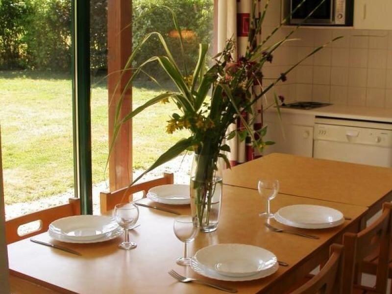 Chalet les Groseilles, location de vacances à Sable-sur-Sarthe
