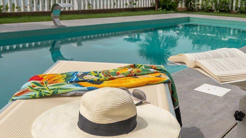 Seaview room Dalia (104) near beach and Trogir with shared pool - EOS CROATIA, holiday rental in Donji Seget