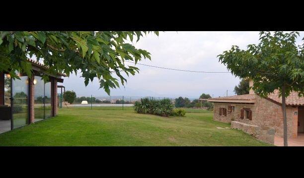 Casserres Villa Sleeps 19 with Pool - 5838830, holiday rental in Clariana de Cardener