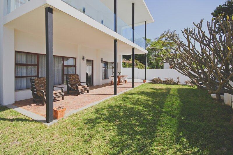 Redrock Ocean View Villa (Cottage Apartment), location de vacances à Rooiels