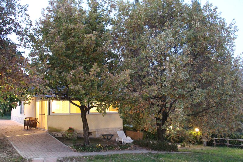 Country House Villa Pietro Romano ap. Classico, holiday rental in Castel Madama