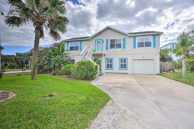 NEW! Ormond Beach Oasis w/ Heated Pool & Hot Tub!, holiday rental in Ormond-by-the-Sea
