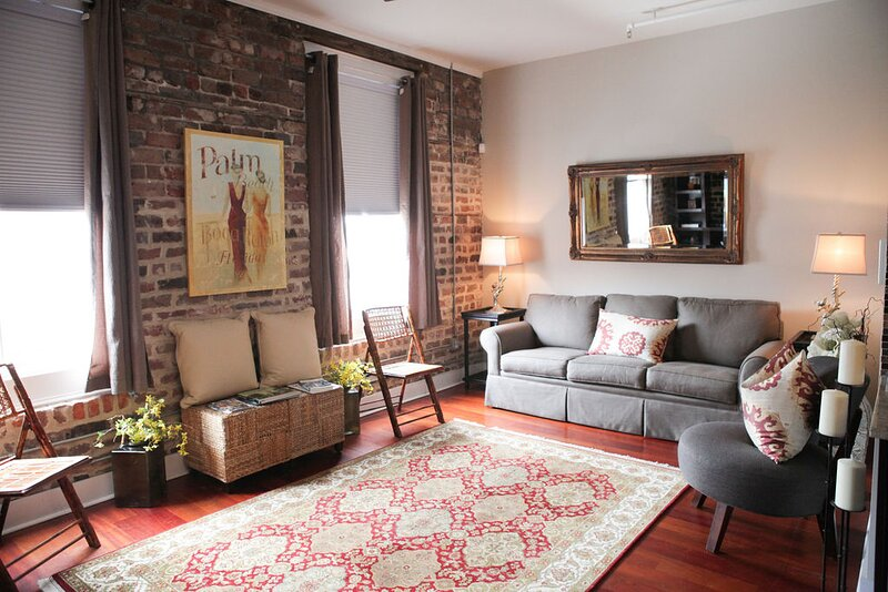 Beautiful Loft in Historic Savannah, casa vacanza a Pooler