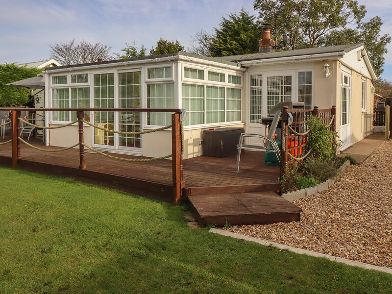Salty Air, Humberston, Lincolnshire, holiday rental in North Thoresby