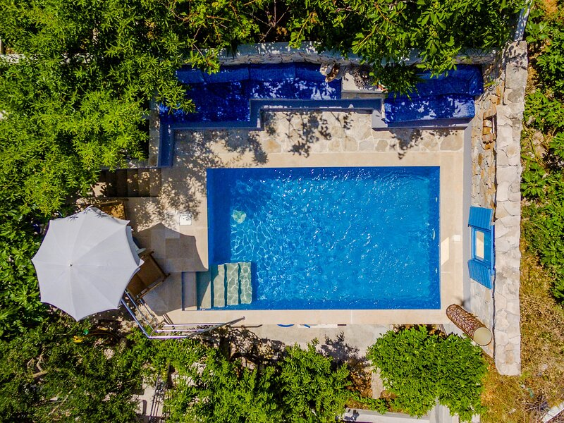 Villa Blue Oasis - Three Bedroom Villa with Swimming Pool, holiday rental in Dol