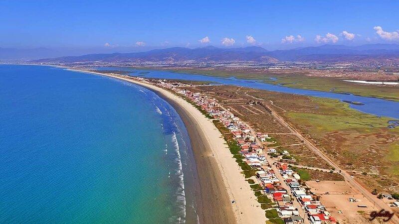 Cozy Beach House, holiday rental in Lengueta Arenosa