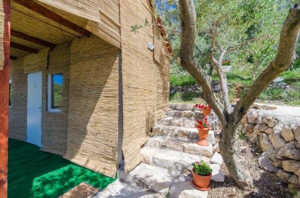 Apartments Dalamar - Bungalow with Patio, holiday rental in Ropa