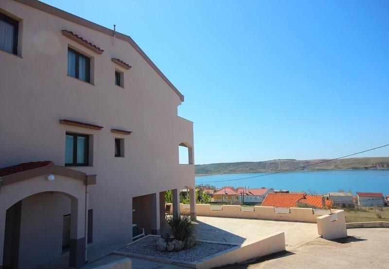 Andrija - with great view: A4(2+1) - Rtina, holiday rental in Rtina