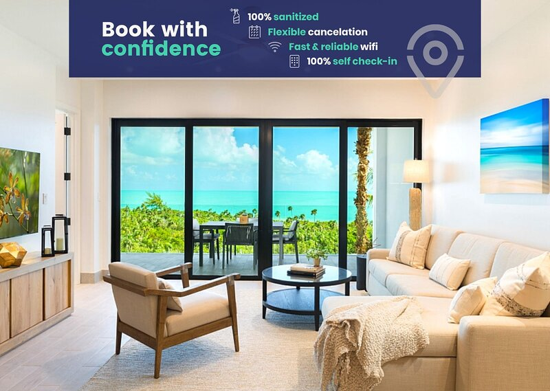 Breathtaking LifeStyle Resort at H2O Long Bay Beach, aluguéis de temporada em Five Cays Settlement