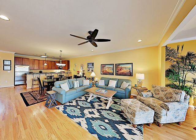 All-Suite Retreat | Pool, Tennis, Fishing, Boating & Bay Access | Near Beach, vacation rental in Fenwick Island