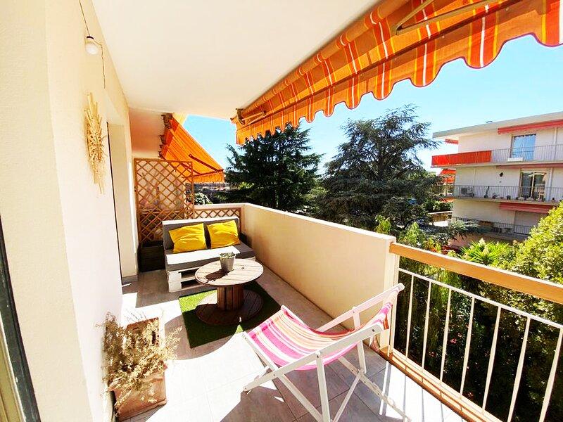 Lumineux appartement 2P proximité mer, alquiler de vacaciones en St-Laurent du Var