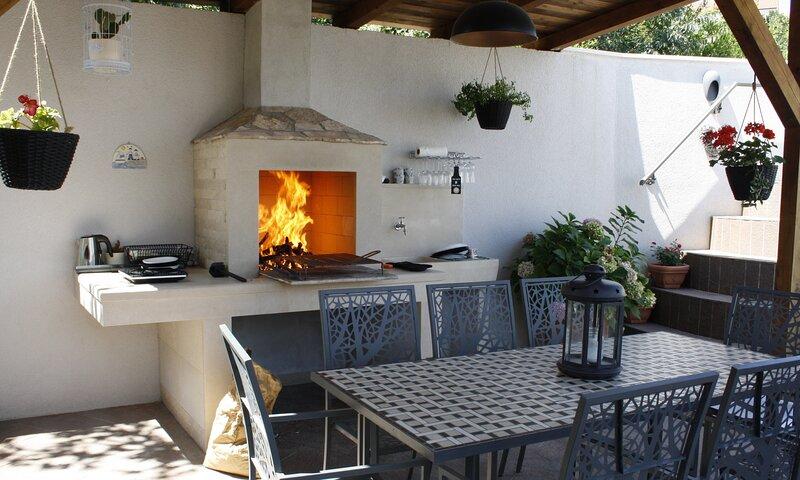 Villa Green Garden - Three Bedroom Holiday Home with Private Pool (ST), holiday rental in Splitska