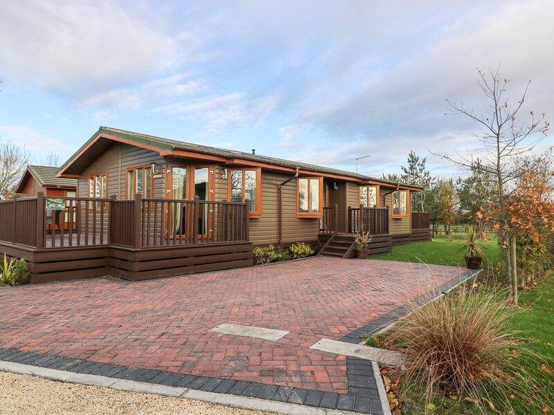 Oakwood Lodge, Wilberfoss, vacation rental in Full Sutton