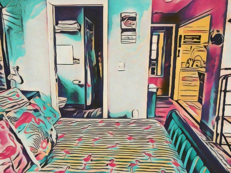 Flamingo Flat studio by Hop Skip & Jump 4 miles to Indian Rocks beach – semesterbostad i Largo