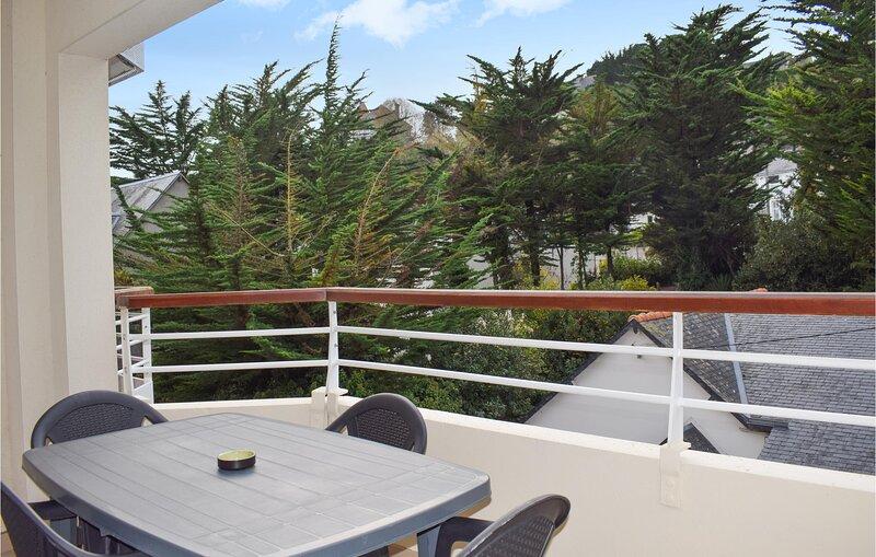 Awesome apartment in Saint Cast Le Guildo with 1 Bedrooms (FBC718), alquiler vacacional en Saint-Cast le Guildo