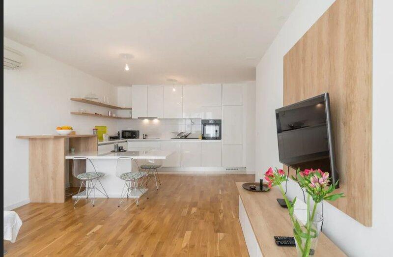 Apartment White Gardenia (ST) - One Bedroom Apartment with Balcony, aluguéis de temporada em Kamen