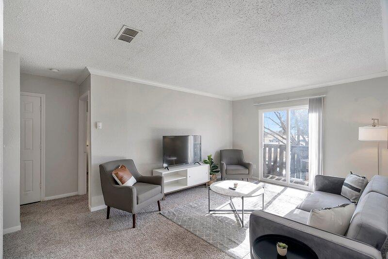 Relaxing 1BR Suite in Central Midland, alquiler de vacaciones en Barrett