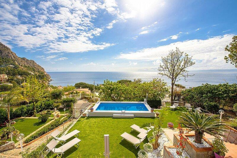 Villa Fascinosa, holiday rental in Aspra