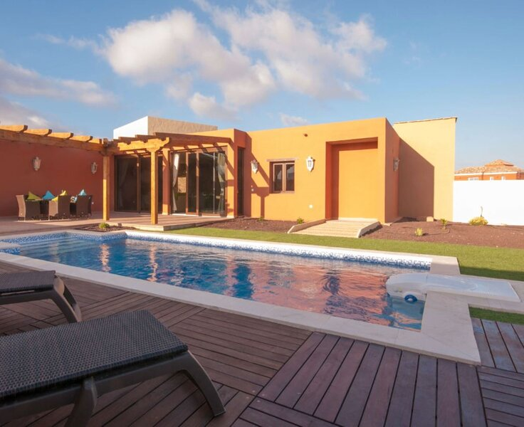 House - 3 Bedrooms with Pool and WiFi - 106777, holiday rental in Tiscamanita