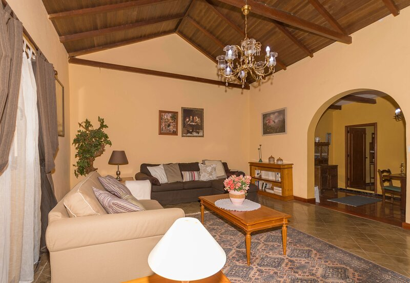 House - 3 Bedrooms with WiFi - 106800, holiday rental in Playa Quemada