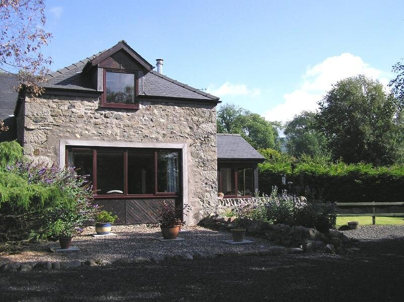 Freuchies Mill - Luxury accommodation in Glenisla, holiday rental in Angus