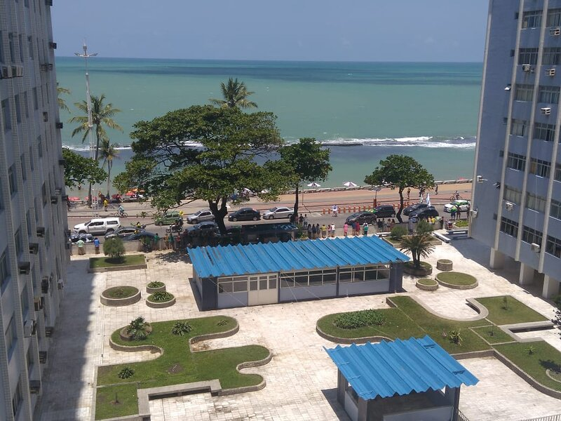 kitinete na avenida boa viagem praia, Ferienwohnung in Recife