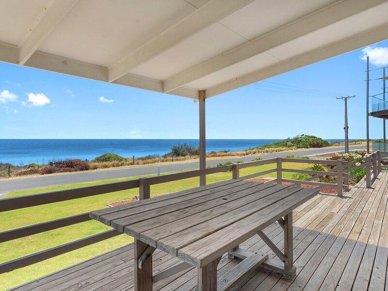 Sand Castles - 34 Gold Coast Drive, vacation rental in Carrickalinga