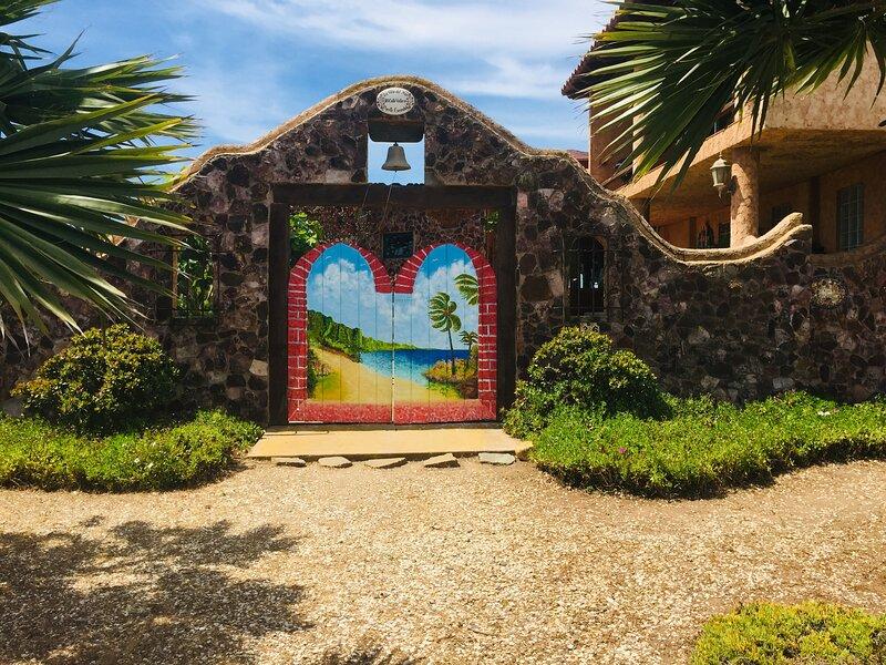 Mountaintop, Oceanfront Estate Casita,Ensenada, Mx, vacation rental in Ensenada