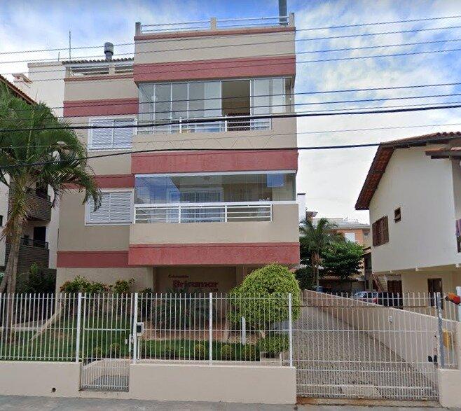 Amplo apartamento a 200m da praia com ar condicionado, holiday rental in Ingleses