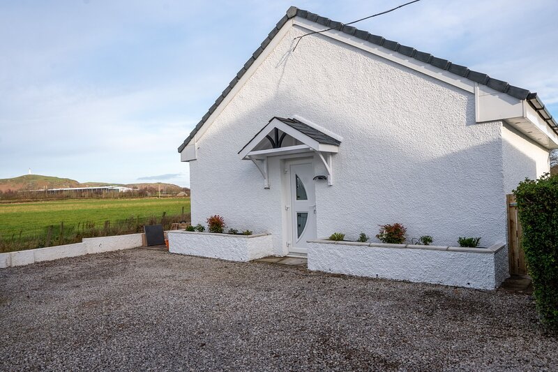The Annexe - A stunning gem situated in the rural landscapes of Ulverston, vacation rental in Scales
