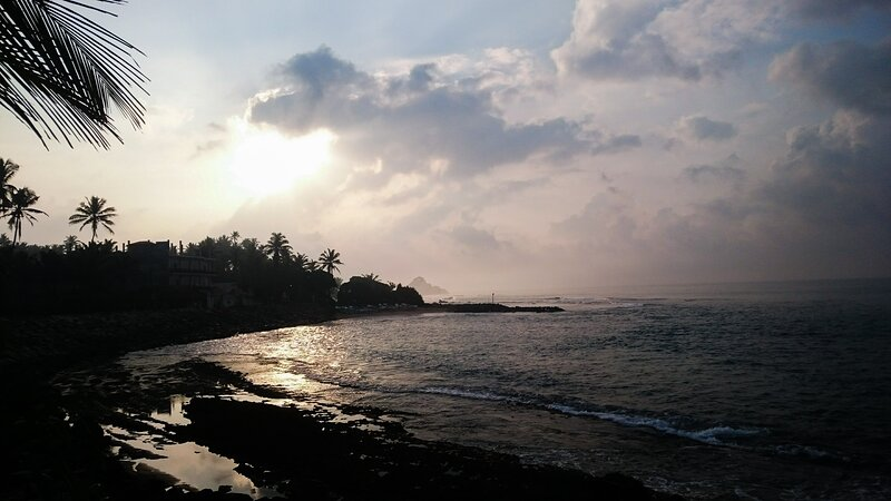 Rocky Bay - Private room (Homestay), holiday rental in Ahangama