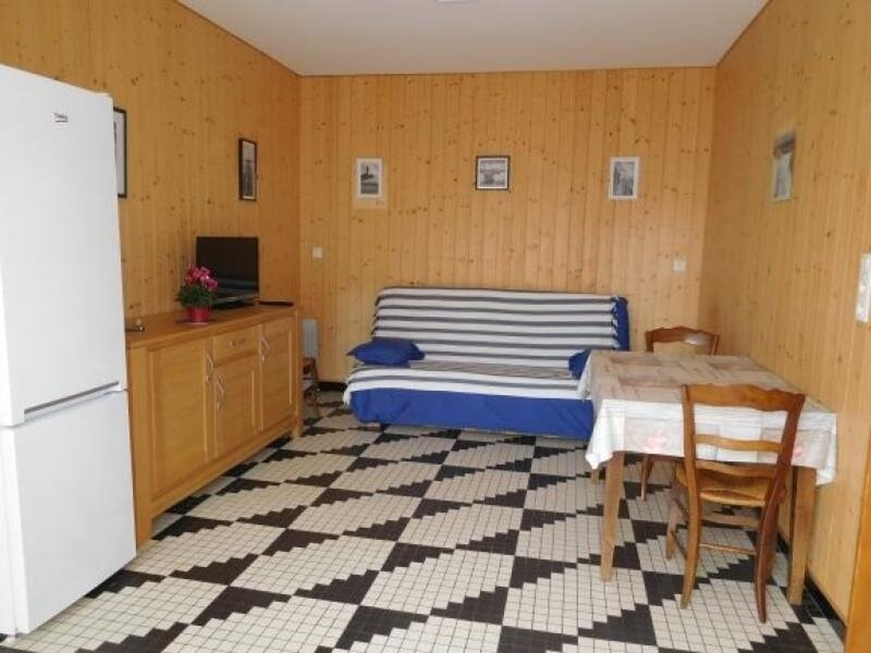 JOLIE MAISON VENDEENNE A PIED DE LA PLAGE ET DU CENTRE BOURG, vacation rental in Saint-Michel-en-l'Herm
