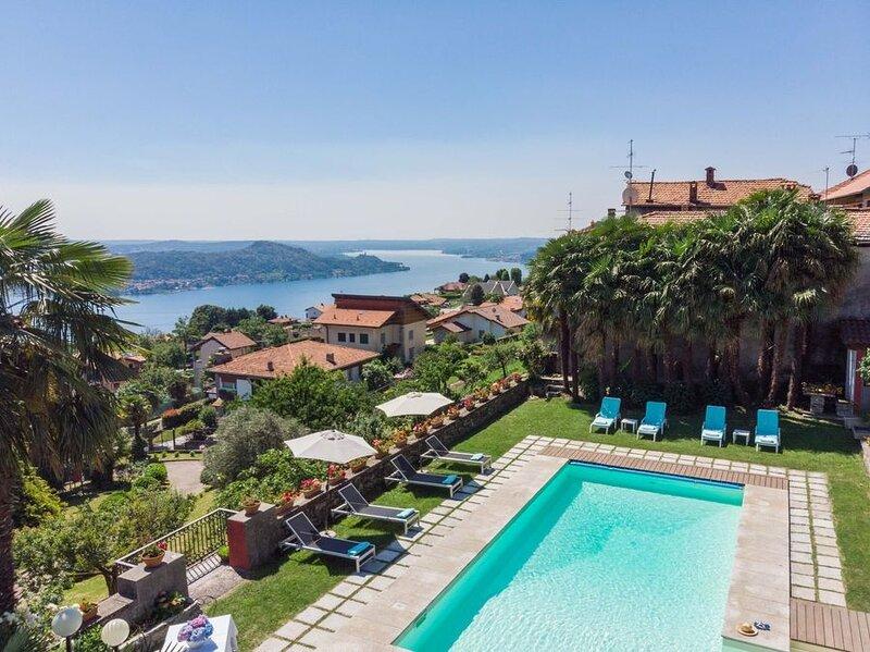 Villa Paesino, vacation rental in Brovello-Carpugnino