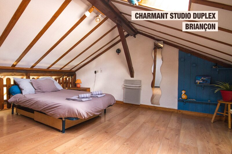 Welcoming studio close to the station - Dodo et Tartine, holiday rental in Hautes-Alpes