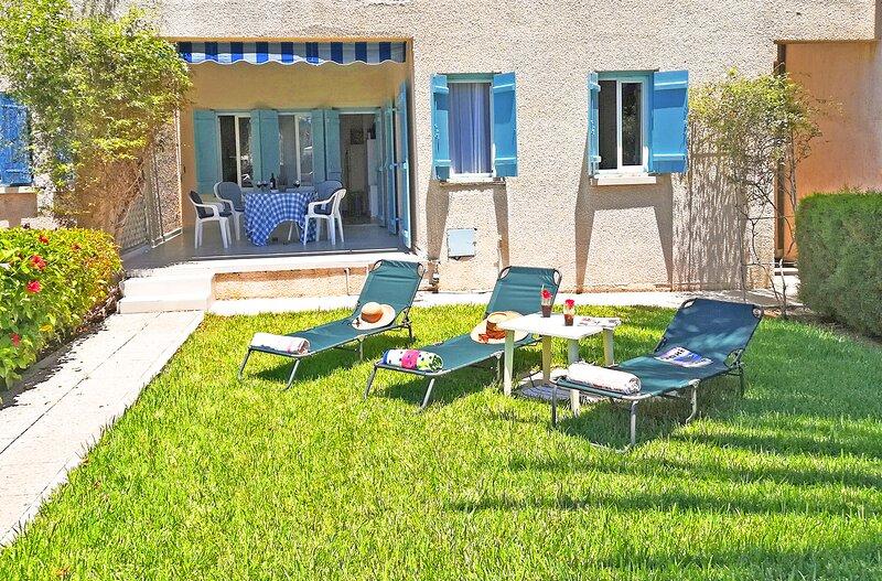 Villa Jasmine, Ferienwohnung in Pernera
