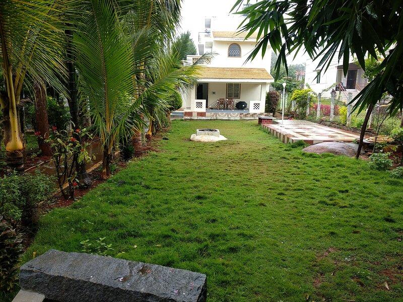 2 bedroom ind.cottage facing lawn, vacation rental in Tamil Nadu