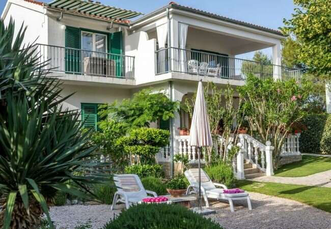 Jadrija Apartment Sleeps 8 with Air Con and WiFi - 5879023, vacation rental in Jadrija
