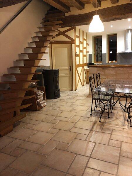 Maison au cœur d'un village vigneron, holiday rental in Fontenailles