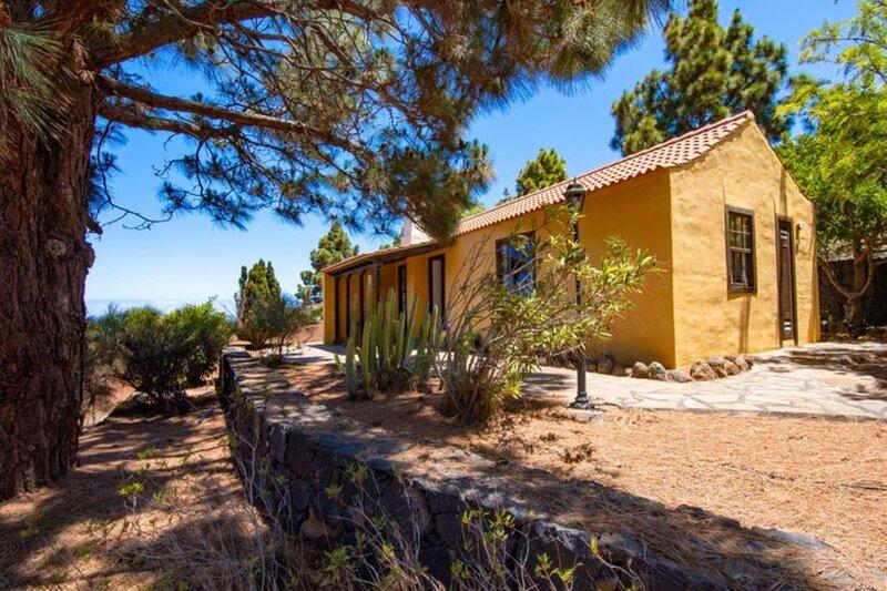 House - 1 Bedroom with Pool - 108234, alquiler vacacional en Puntagorda