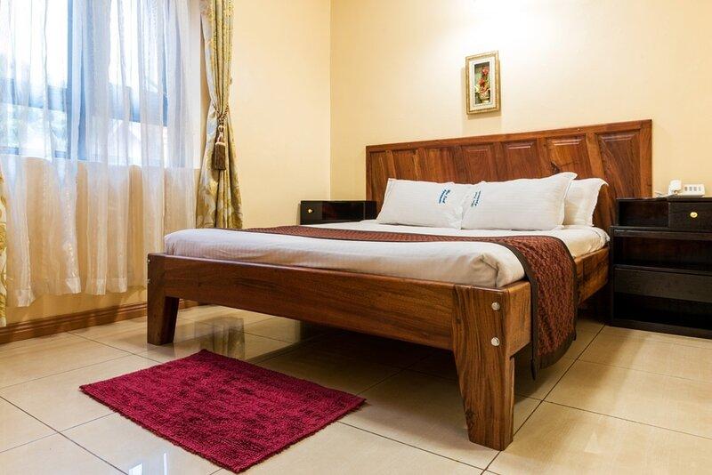 apartment for 24 people in Blue Pearl - Kampala, alquiler vacacional en Munyonyo