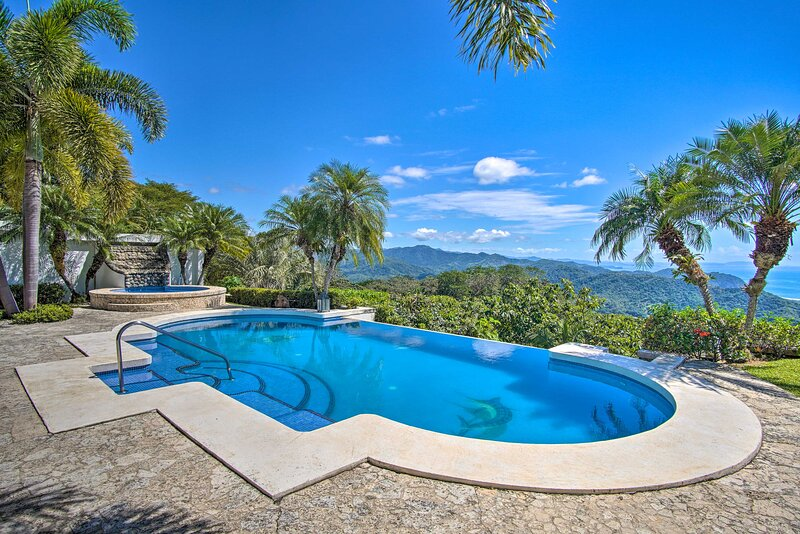 NEW! Paradise on the Hillside: Pool + Ocean View!, Ferienwohnung in Punta Islita