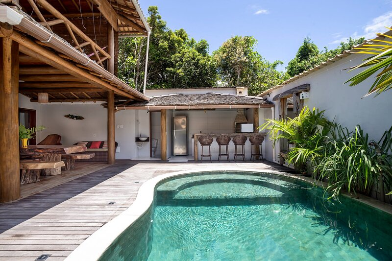 Stunning and Luxuous Villa in Trancoso - BAH047, holiday rental in Trancoso