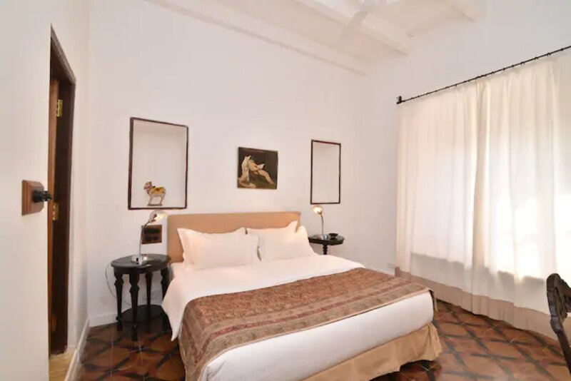 Heritage Super Deluxe room 1, holiday rental in Dona Paula