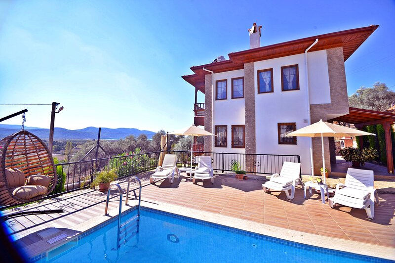 Deniz Villa Akyaka Daily Weekly Rentals, location de vacances à Akyaka