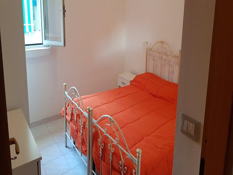 Trilocale fino a 6 posti letto a Rivabella di Gallipoli RIV8AA, vacation rental in Rivabella