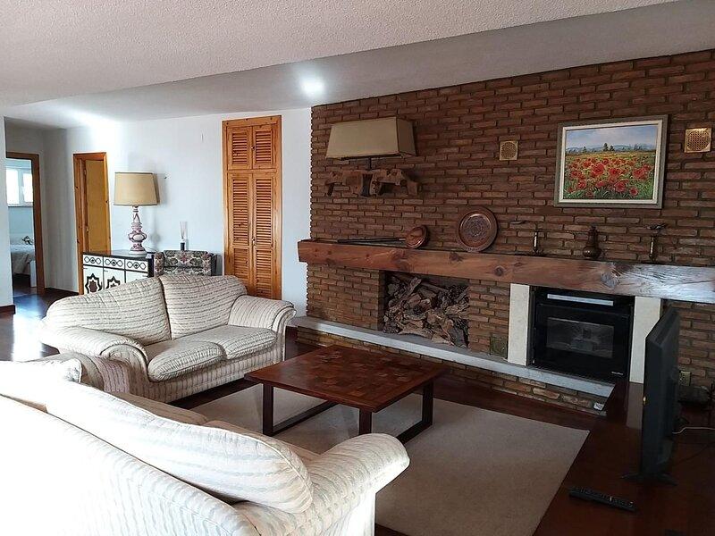 Apartamento en mont blanc con chimenea 6pax, alquiler de vacaciones en Pradollano