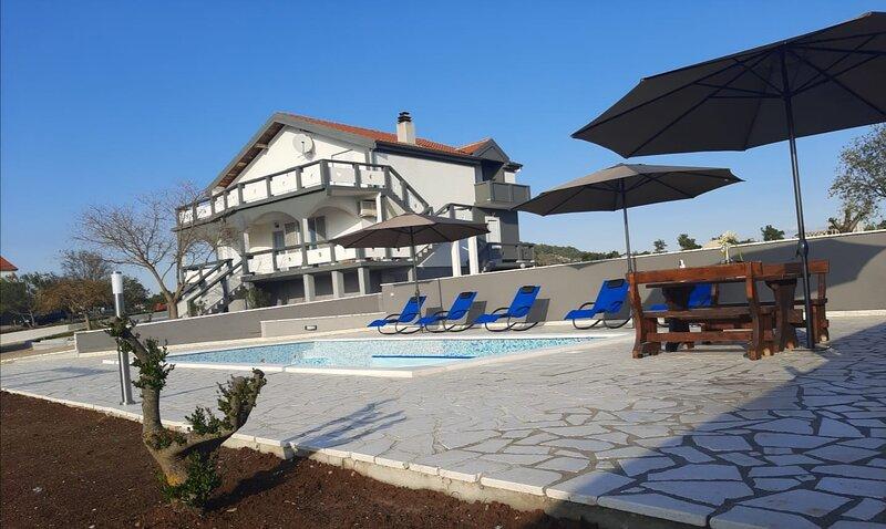 Villa Luka, holiday rental in Donje Raštane