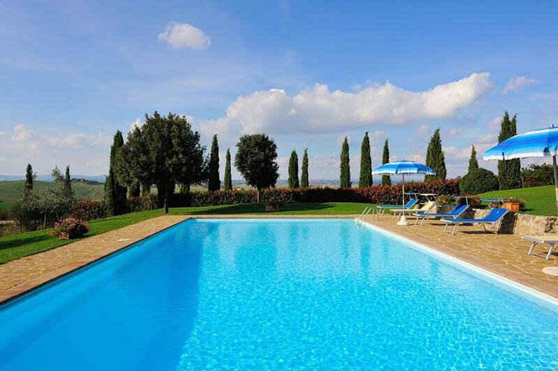 EXPERIENCE THE ROMANTICISM OF TUSCANY WITH 360° VIEWS OF THE CRETE SENESI, casa vacanza a Monteroni d'Arbia